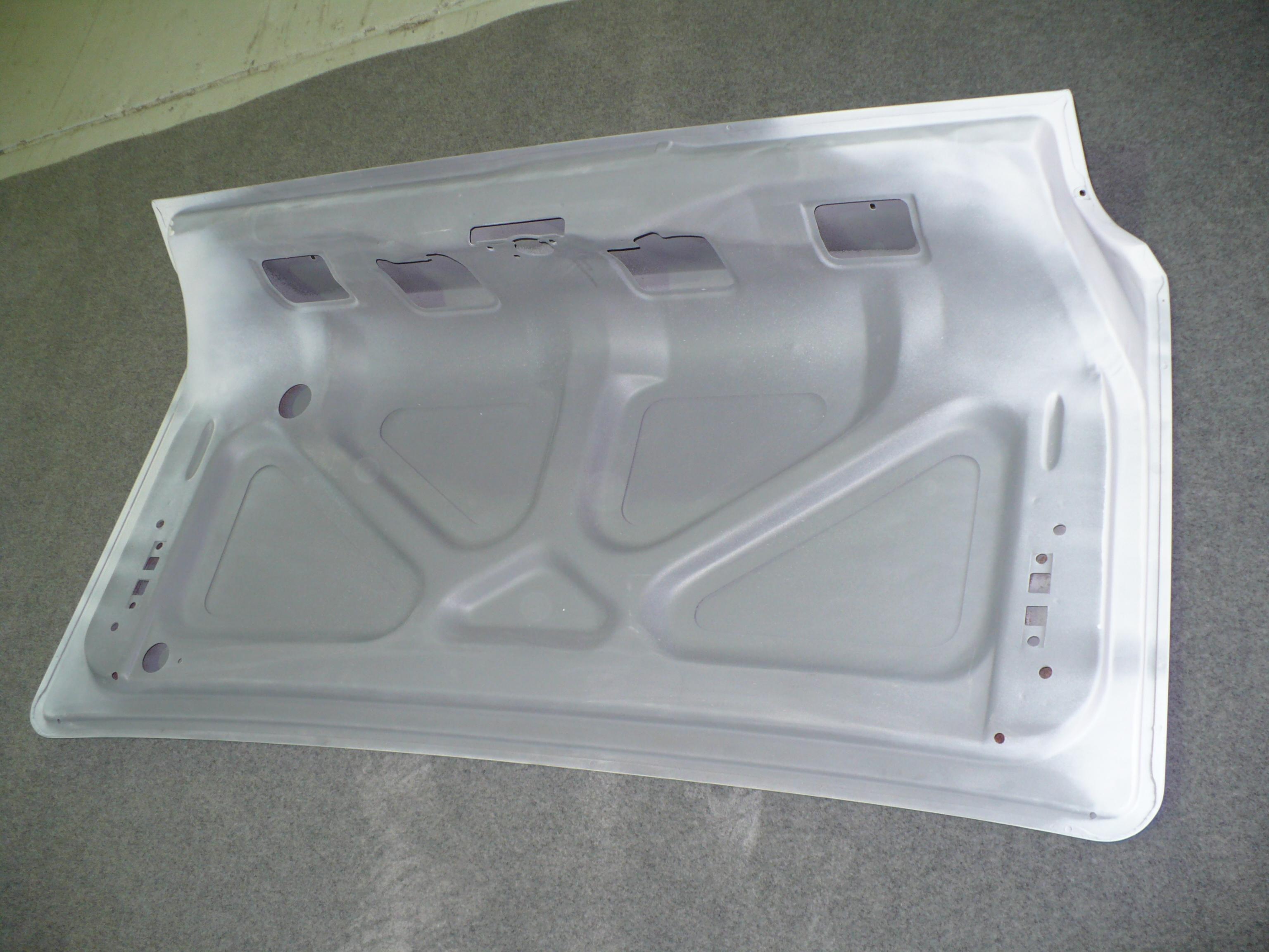 XR XT Boot Lid 3. We will ship anywhere; just send us a message,
